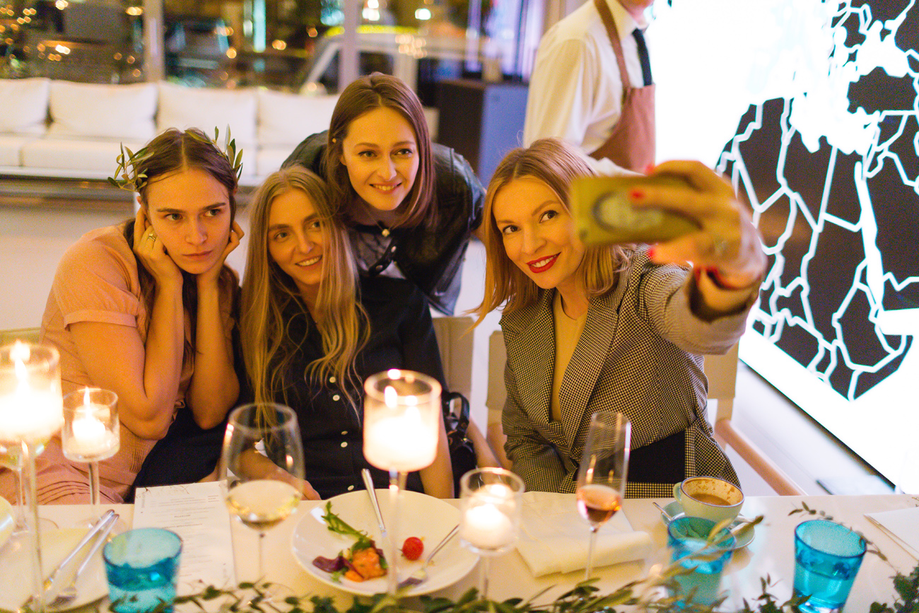 6 PHOTOGRAPHY - Parties & Events
