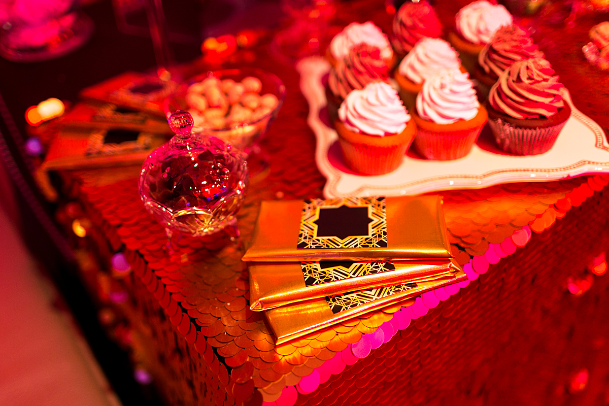 48 PHOTOGRAPHY - Parties & Events